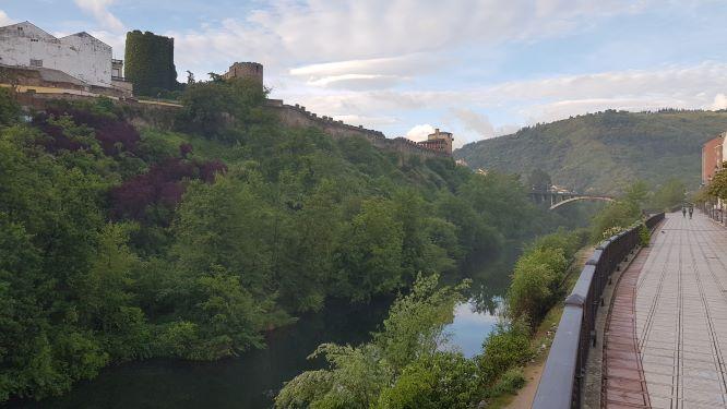 Acondicionamiento de la ladera del Castillo